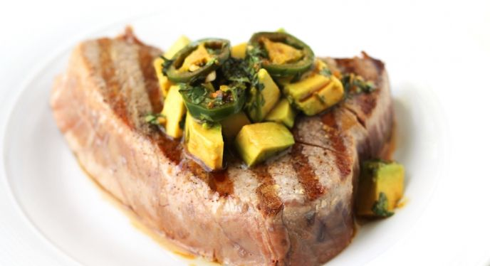 Weber.com - Blog - Grilled Tuna With Avocado And Ginger-Soy Vinaigrette