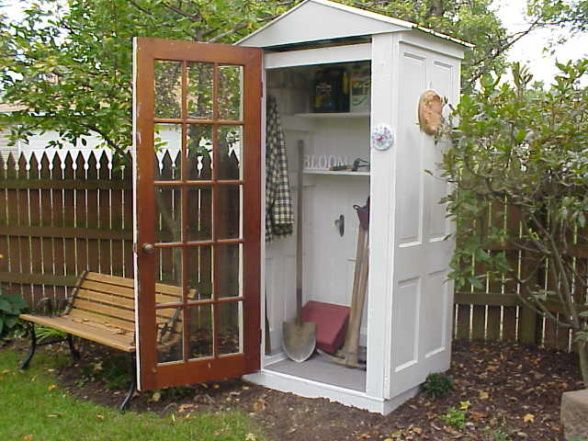 Garden shed made of 4 old  doors...I love this idea!: Gardens Ideas, Garden Sheds, Recycled Door, The Tardis, Tool Sheds, Olddoor, Small Gardens, Old Doors, Gardens Sheds
