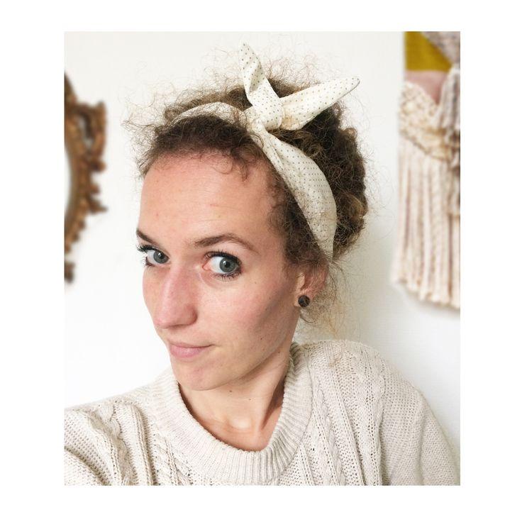 ▲ OR ▲ Bandeau noeud, rétro, tissus pois blanc & doré , head band, bandeau noué, fil de fer ... : Accessoires coiffure par elora