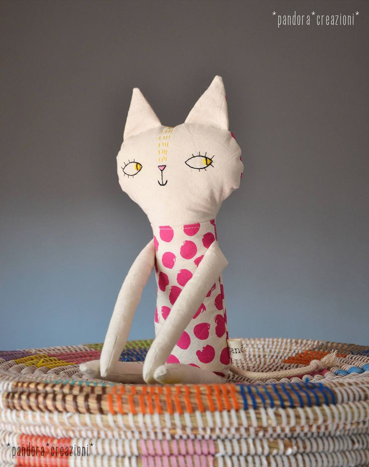 handmade stuffed cat // pupazzo gatto di stoffa // doudou * pandoracreazioni su Etsy