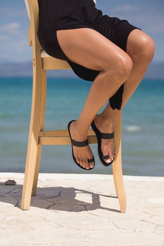 SandalsLeather sandalsGreek sandalsToe ring by TriskelionSandals