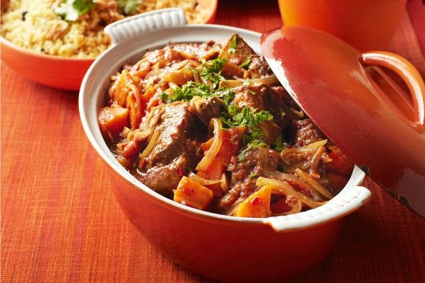 Honey, spices, tomatoes and sweet onions give this slow-cooked beef depth of flavour.  2kg beef spare ribs.