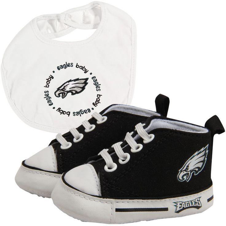 Philadelphia Eagles Infant Bib and Shoe Gift Set - Black/White