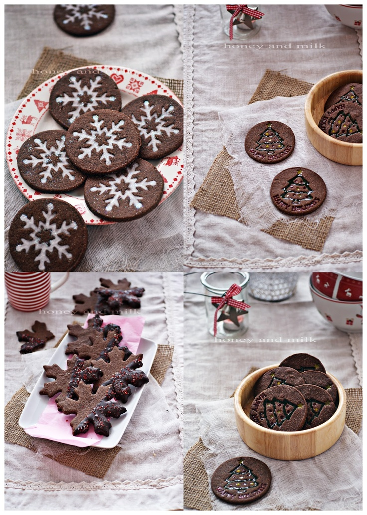 Мед и Мляко: Какаови бисквити | Stamped Dark Chocolate Sugar Cookie Using Wilton Push N Print Cookie Cutter Set, Google Translate to English
