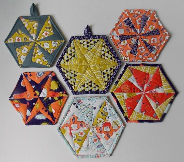Hexie Pot Holder and Coasters via Craftsy Member Double Nickel Quilts