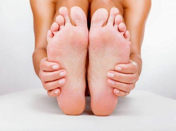 نتيجة بحث الصور عن natural treatments for dry cracked heels