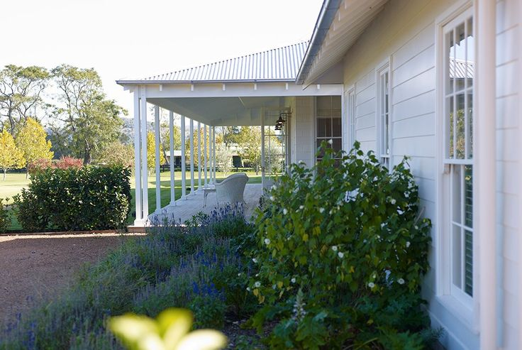 Scone Farmhouse, traditional Australian country farm house, Hunter Valley, verandah
