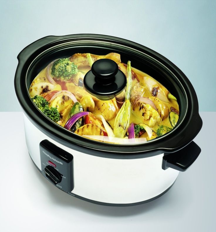 The Morphy Richards 48710 Oval Slow Cooker http://kitchentechzone.com/morphy-richards-48710-oval-slow-cooker-review/