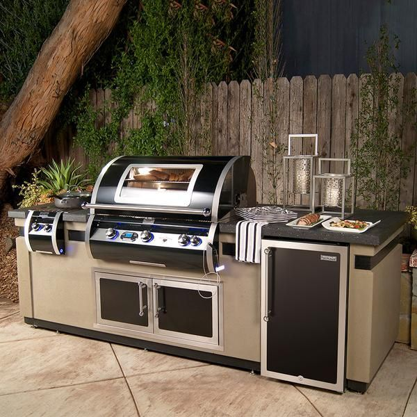 Spoil Yourself With A Black Diamond 790 Island System From Fire Magic It Might Just Become Yo Outdoor Kitchen Design Outdoor Kitchen Appliances Built In Grill