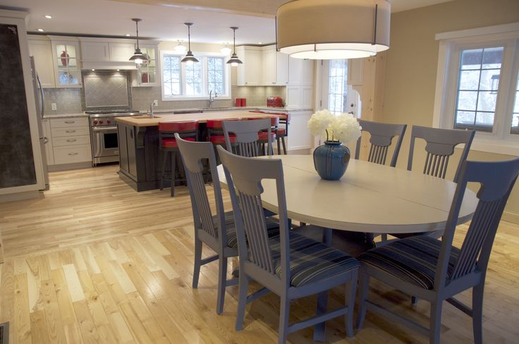#kitchen #diningroom #chalkpaint #Ottawa #interiordesignOttawa #kitchendesign
