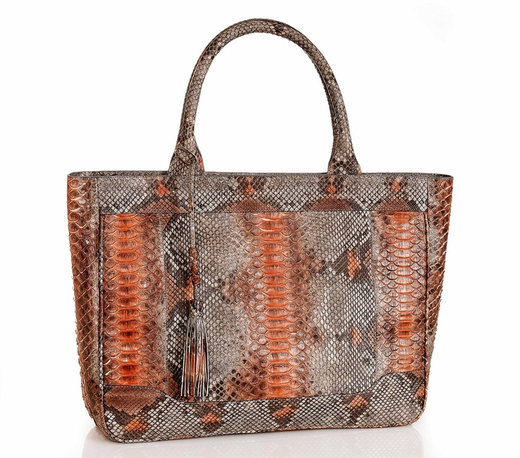 Shopper python #handbag. #Handmade in Colombia. Truly classic and luxurious.  This bag is an investment in a timeless style to keep all your essentials. Spacious, clean, and sharp for your every day life. $1450