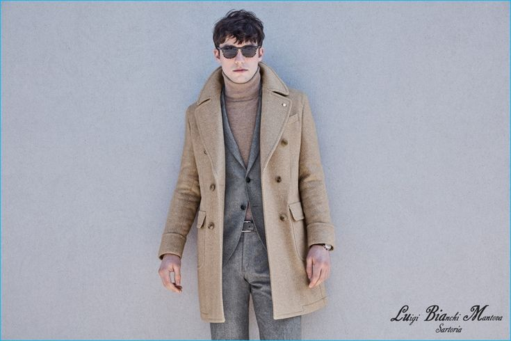 Luigi Bianchi Mantova warms up to a carmel essential with its divine double-breasted coat.