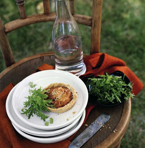 Food feature on autumn/Easter lunch recipes.