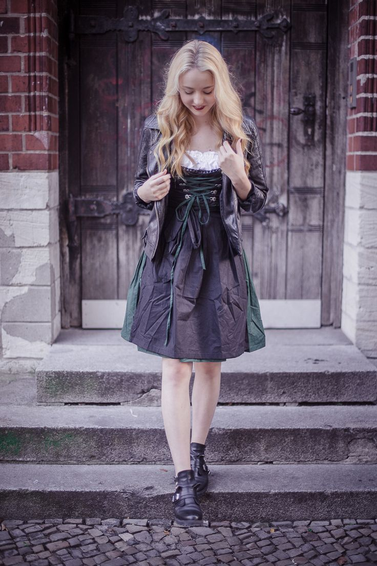 Dirndl Style - The Limits Of Control