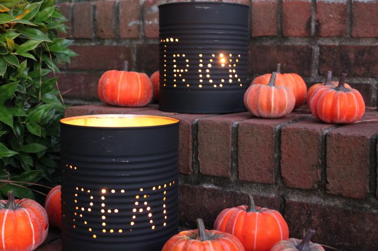 DIY Halloween luminaries from an old can. SO cool!: Diy Halloween, Halloween Decor, Fall Decor, Tricks Or Treats, Halloweendecor, Halloween Tins, Tins Cans, Halloween Ideas, Halloween Lanterns