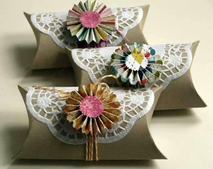 Rolos papel higienico usado para pequenos presentes