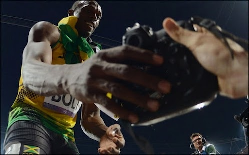 (Sat01) What it's like to be Usain Bolt. He grabs a camera and becomes a photographer.    http://www.bbc.co.uk/news/in-pictures-19208480    (Shared using #DoShare)