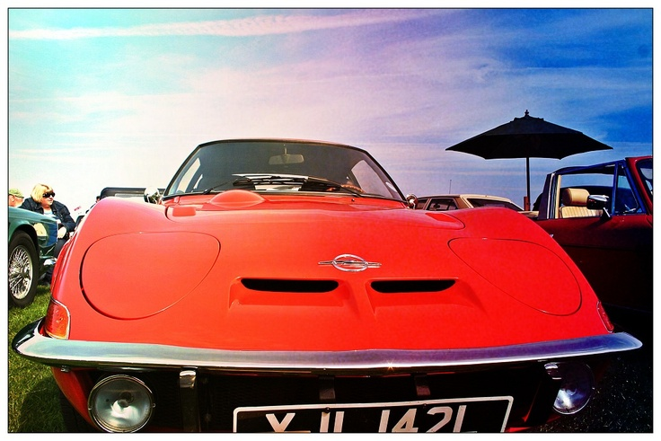 Opel GT. Baby Corvette made in Germany in the late 60s/early 70s. The classic fans at the show reckon the early 1.1 litre engined models are the most collectable. Still rather have a 1.9 motor in there I think ;-)