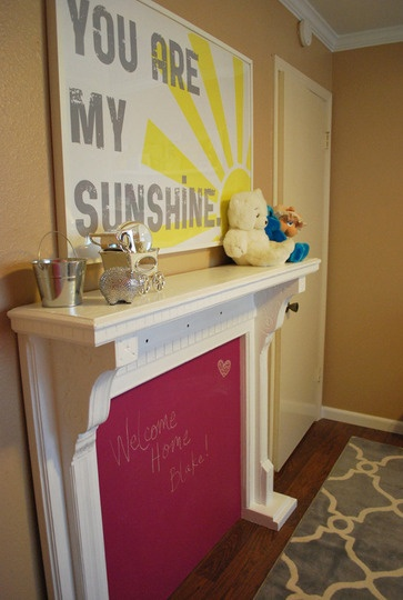 "I love this ""You Are My Sunshine"" painting.: Art Idea, Kids Room, Sunshine Sign, Baby Rooms, You Are"