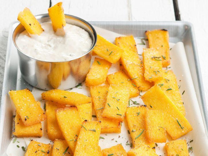 Crostini di polenta con salsa al gorgonzola #ricetta #inverno
