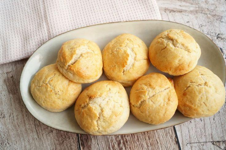 Hjemmelavede scones til te, gæster og fødselsdag.  Dejen kan fryses.