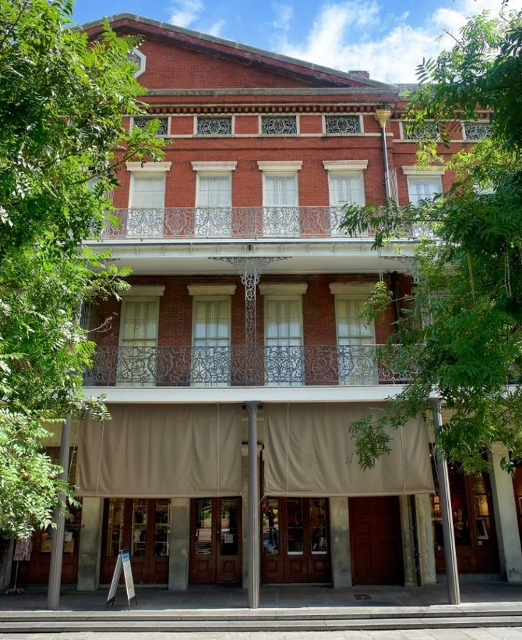 306 best architecture images on pinterest visit for Best things to do in french quarter