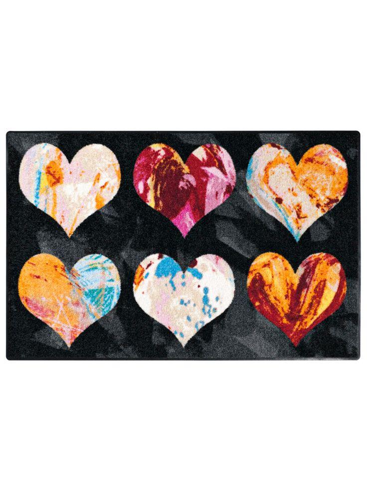 Tapis plein d'amour -  #coeurs #déco #SaintValentin #tapis http://www.helline.fr/Tapis/an116413Y/HellineFr