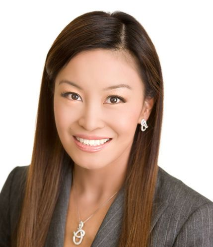 """Book Corporate MCs / Master of Ceremonies. Jennifer Su Celebrity MC / Master of Ceremonies. Jennifer Su is South Africa's first Chinese-American anchor on Summit TV primetime business news and Sky News """"The African Business Report"""" and is also the dynamic Hollywood Reporter...  For more info visit: http://eventsource.co.za/ads/book-hire-jennifer-su-celebrity-mc-master-of-ceremonies/"""