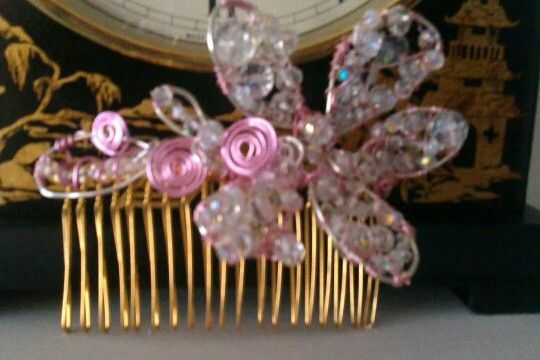 Pink & silvrr modern glower withe crystals combe (handmade,)