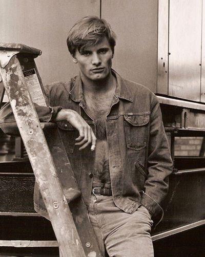 Viggo Mortensen. New York City, 1980.