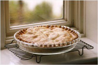Freezing Pies and Pie Fillings Freezing pies saves time in meal preparation but does require more energy to bake. Frozen pies take longer to bake than freshly made ones, and they should be baked from the frozen state.