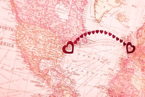 Long-Distance Love: How to Surprise Your Girlfriend With a Gift