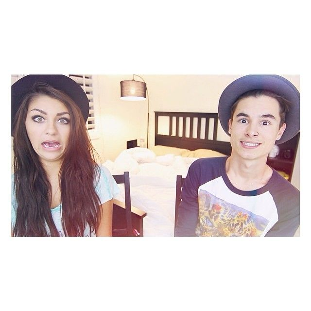 how did andrea russett and kian lawley meet