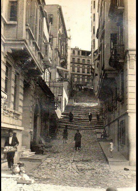 """İstanbul Şimal Sokak (1920 - Şişhane, Beyoğlu)"""""""