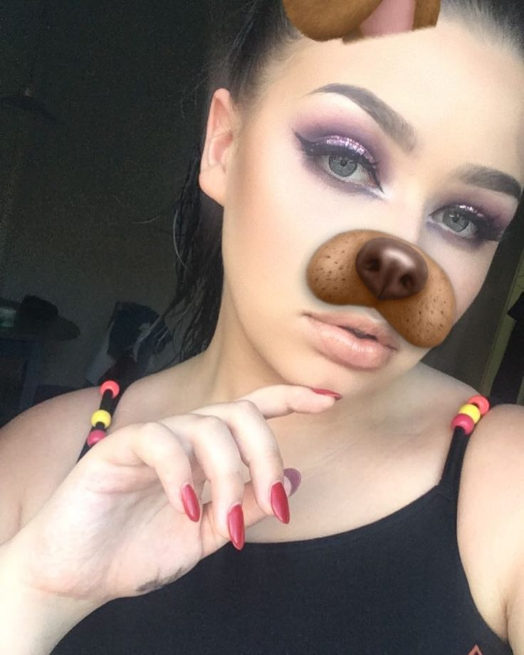 Been giving my #morphebrushes #35P some ❤️ recently ��  #makeup #glitter #cutcrease #eyeshadow #eyeliner #eyelashes #brows #browsonfleek #browsonpoint #lipstick #liquidlipstick #lipgloss #mac #mascara #morphe #matte #mattelips #foundation #toofaced #toofacedchocolatebar #35P #35O #nails #hilighter #contour #kyliecosmetics http://ameritrustshield.com/ipost/1553270227327245292/?code=BWOUwrMB9vs