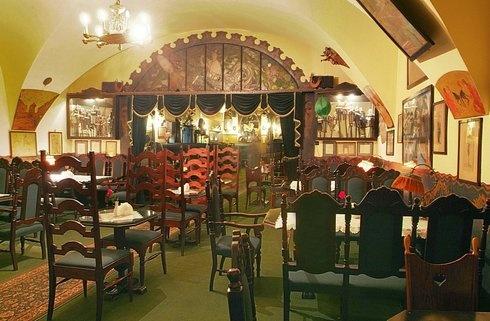 Najlepsze zabytkowe kawiarnie na świecie. Jama Michalika, Kraków