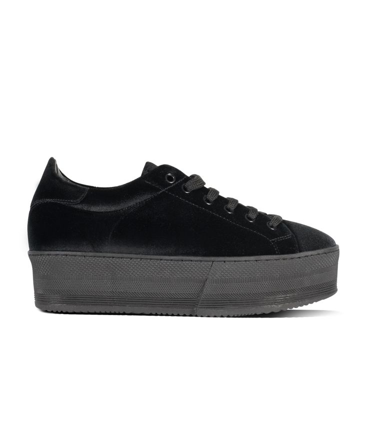 GRUMMAN sneaker velvet touch for Ultimate Urban Walks... Black