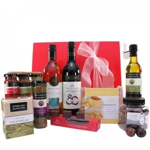 $114.99 - Impressive Value Wine Hamper! Make a great impression with this quality wine hamper including a selection of sweet and savoury delights. #corporategift #giftbox #giftbasket #gifts #oliveoil #giftjar #wine #blanc #merlot #crispbread #cherries #coconut