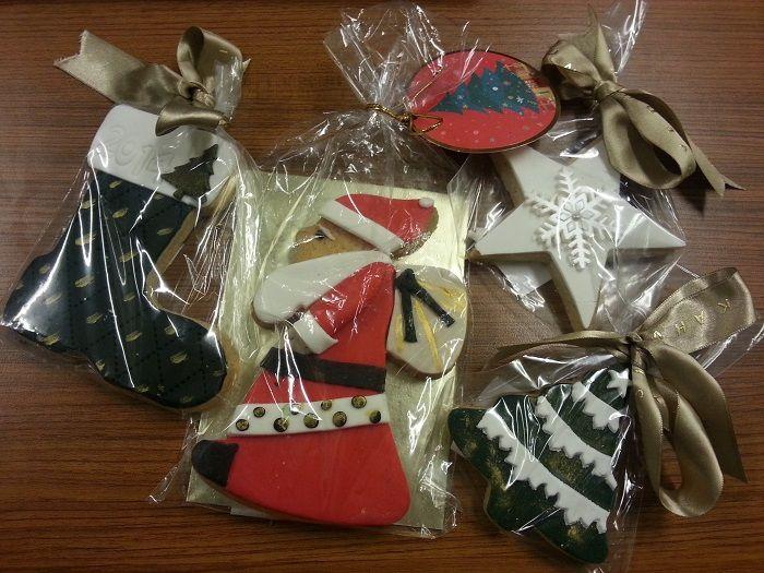 Mis gibi tarçın tadında yılbaşına özel süslemeleriyle hazırlanmış kurabiyelerimizi denediniz mi?