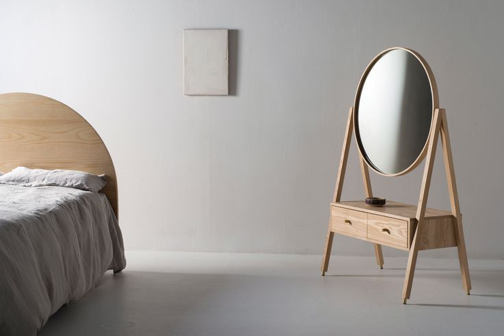 A series of clean, modern bedroom furniture informed by traditional pieces began to evolve. Historical ornate pieces were translated into simple, pared-back designs that would fit within the context of the Douglas and Bec practise.