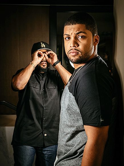 Star Tracks: Thursday, September 3, 2015 | TUNNEL VISION | Even a dad as cool as Ice Cube doesn't miss a chance to embarrass his son. The rapper and Straight Outta Compton star O'Shea Jackson Jr. pose together for a photo shoot in Sydney, Australia, on Wednesday.
