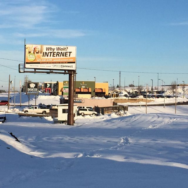 Aldi, a national grocery chain that is opening its first store in the former Big Lots space in spring, is seeking a building permit for an east-side location.