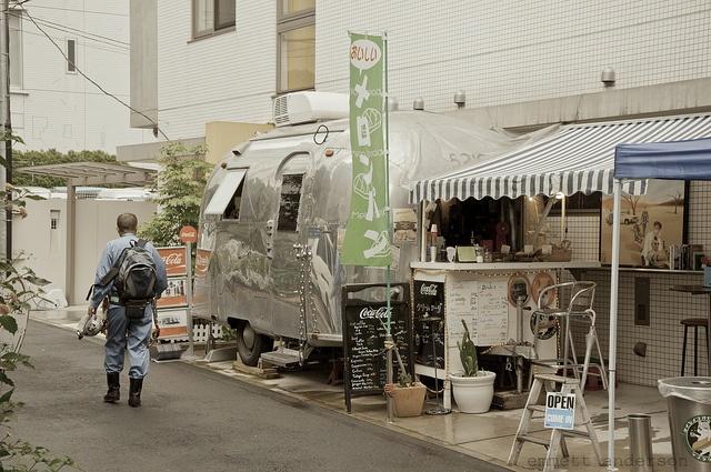 japan tokyo shibuya airstream cafe / emmett anderson