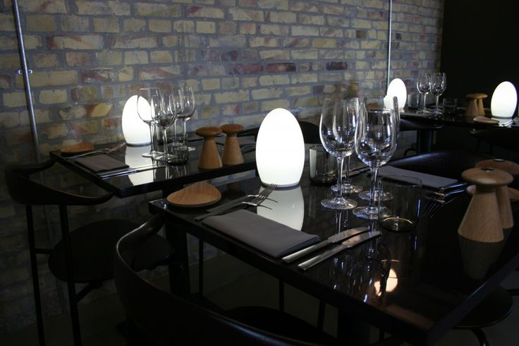Dette er en restaurant vel verdt et besøk! Nydelig utsikt over hele København, fantastisk mat, helt utsøkt stemning og i nydelige omgivelser! Les mer her: http://www.ijusthadto.no/2015/02/design-delikatesser-og-dangleterre/