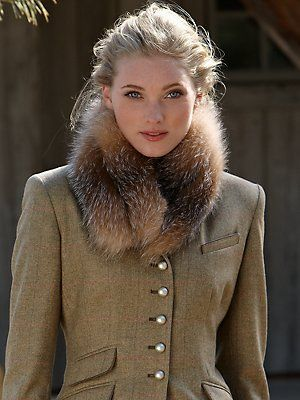 street fashion... vintage jacket with vintage fur wrap