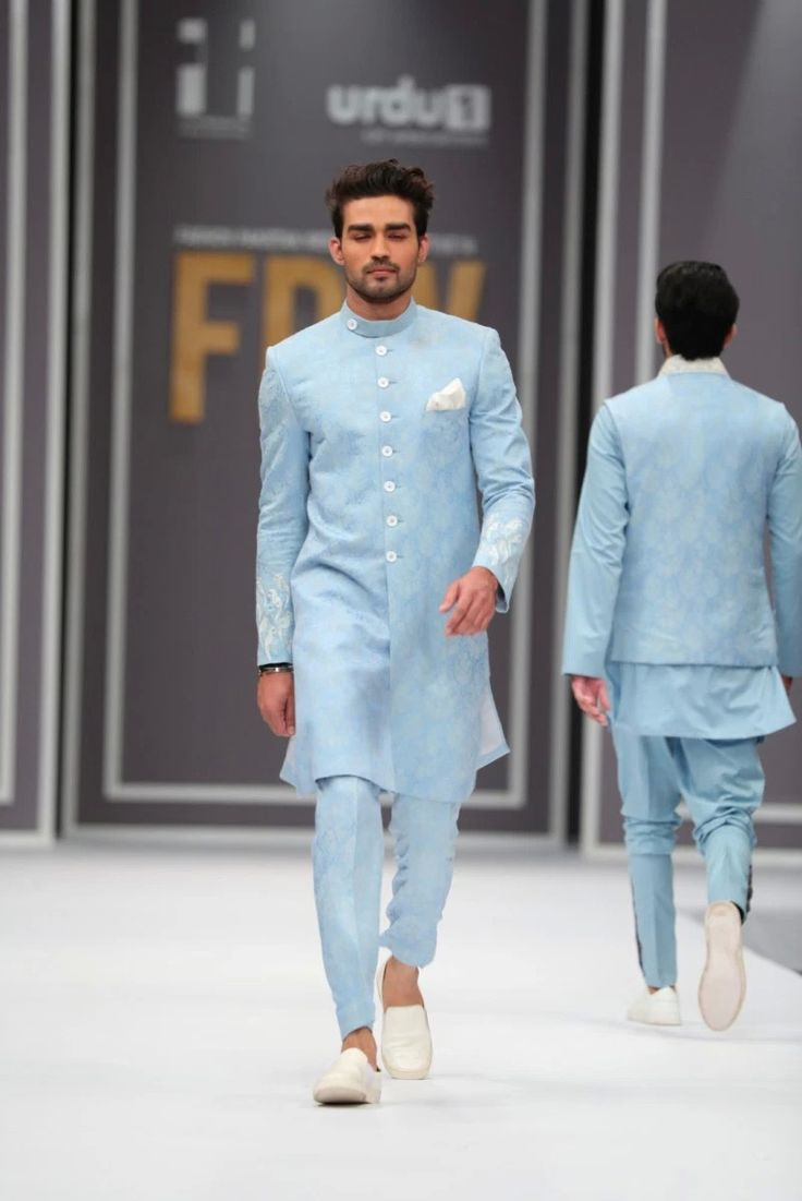 22 best Man outfits images on Pinterest | Boy outfits, Arab men and ...