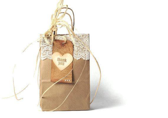 20 plain kraft paper shopping bags . paper twist handles . wedding . party favors . gift wrap . gift bag . brown . lace . vintage