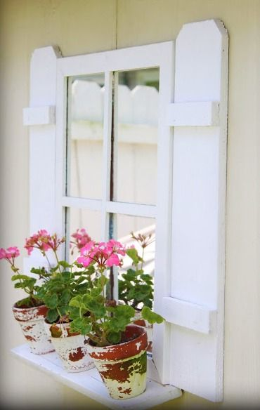 17 best images about garden shed on pinterest play houses sheds and planters - Six ways to spruce up your balcony ...