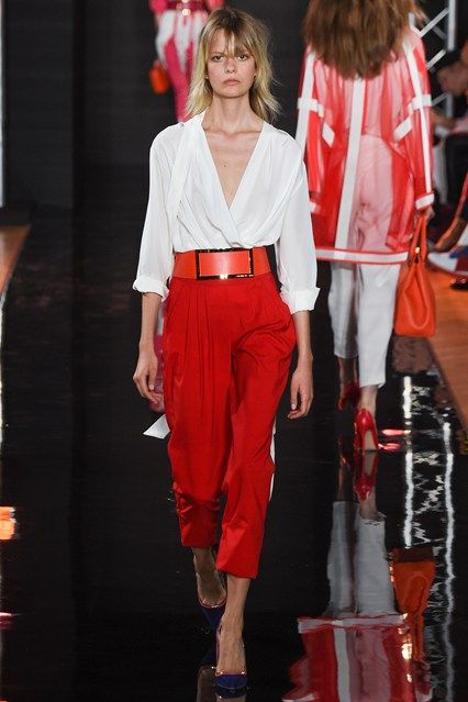 Catwalk photos and all the looks from Valentin Yudashkin Spring/Summer 2016 Ready-To-Wear Paris Fashion Week