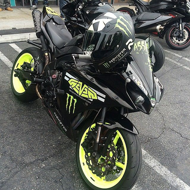 1000 images about king r1 on pinterest sport bikes custom hayabusa and cool bikes. Black Bedroom Furniture Sets. Home Design Ideas